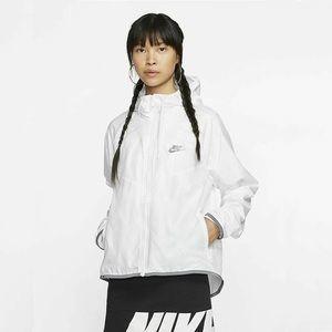 Nike Sportswear Women's Windbreaker